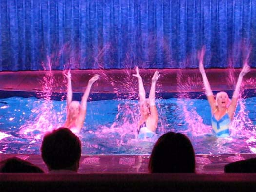 Oasis of the Seas Pictures - Oasis of Dreams Synchronized Swimming