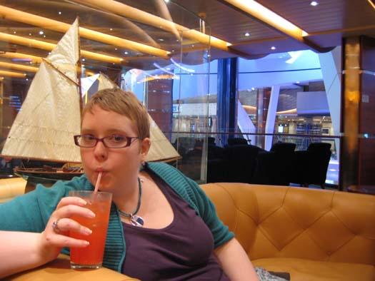 Oasis of the Seas Pictures - Schooner's Bar