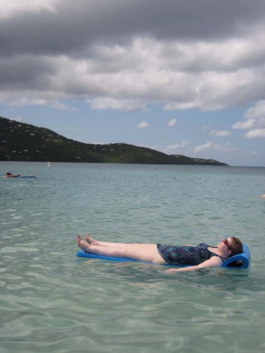 Oasis of the Seas Pictures - Cassie relaxing in paradise on her floating mat