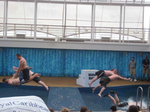 Oasis of the Seas Pictures - Men's Bellyflop Competition Flop-Off